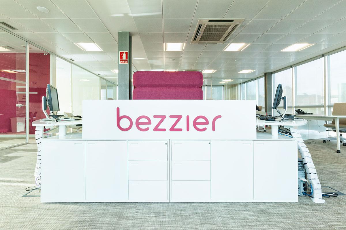 bezzier_Decoracion oficinas Carmen Menendez